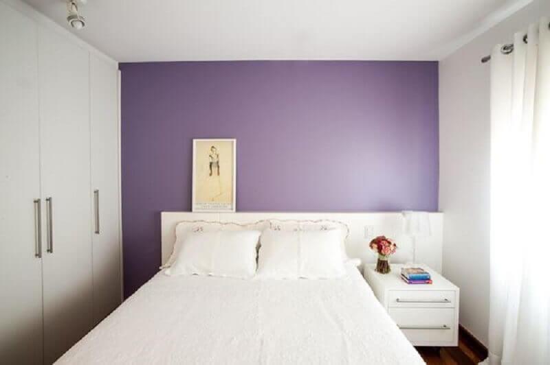 Decoração de quarto feminino simples