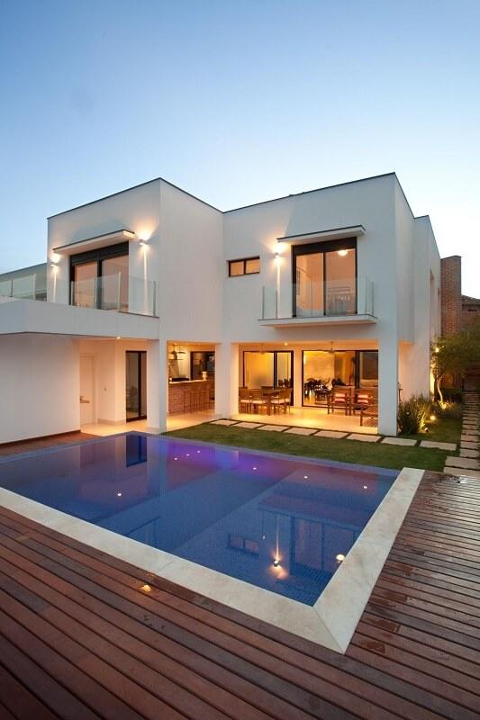 piscina de alvenaria com madeira guardini stancati 65236