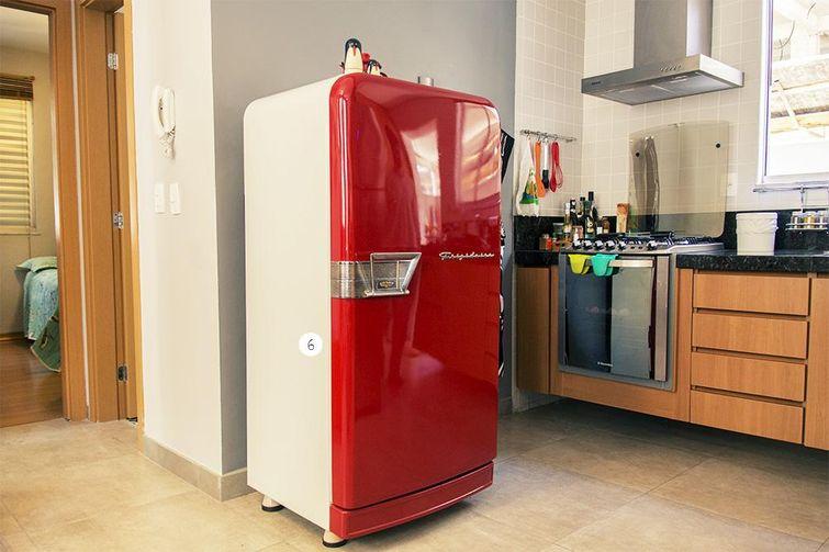 21180 cozinhas pequenas decorada-com-geladeira-vintage