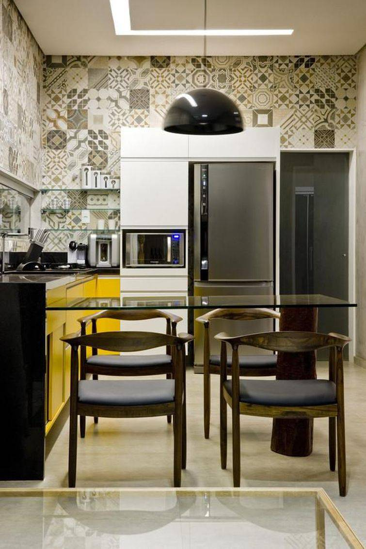 28205 cozinhas pequenas decorada-com-azulejos-desenhados