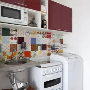 Decoração de cozinhas pequenas com maquinas de lavar