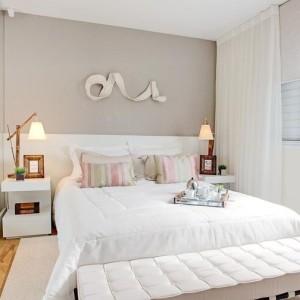 quartos de casal decorados com escultura na parede