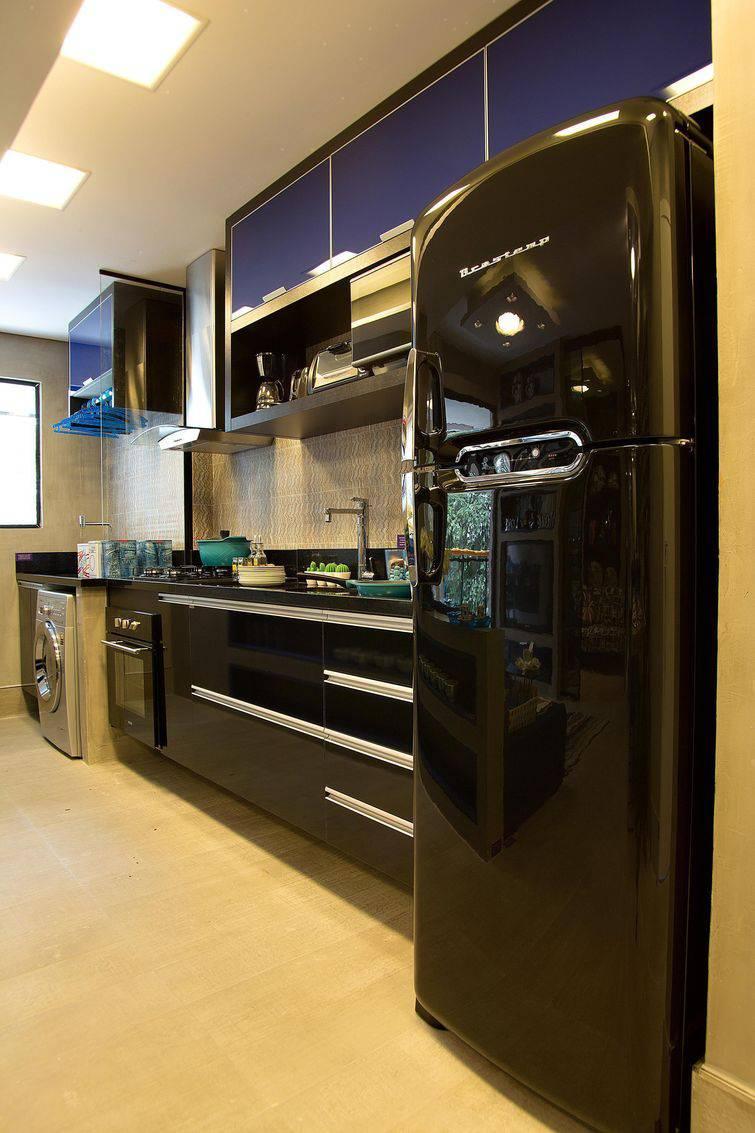 50 Cozinhas pequenas decoradas e planejadas  Viva Decora # Cozinha Pequena Com Geladeira Preta