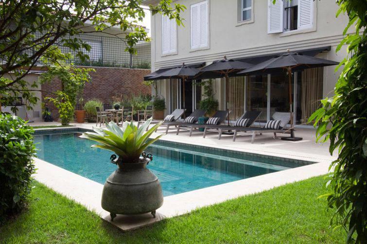 Fotos de piscinas para inspirar a casa dos seus sonhos for Vaso piscina