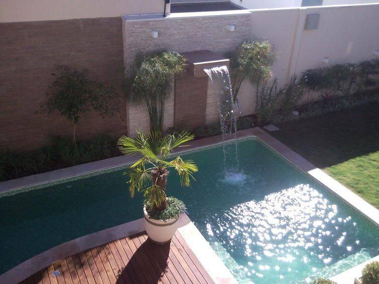 Fotos de piscinas para inspirar a casa dos seus sonhos - Decoracion piscinas pequenas ...