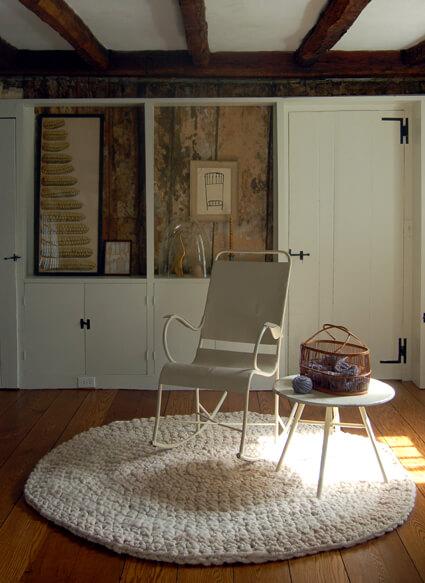 Tapetes de crochê grande na varanda