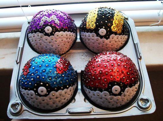 bolas de natal de pokemon