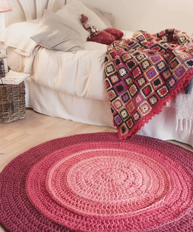 tapetes em croche rosa degrade