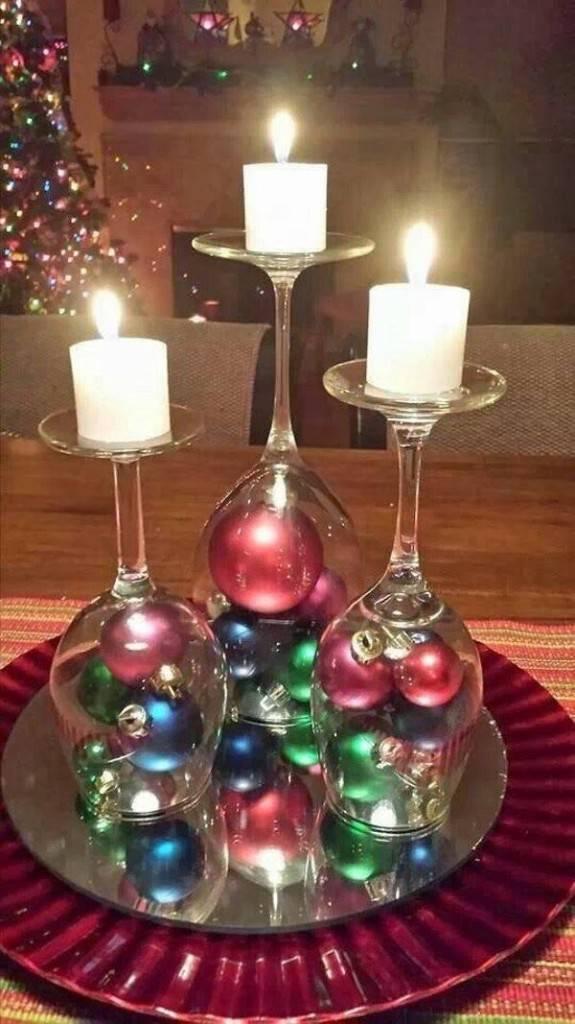 enfeites de natal - decoração com bolas de natal e velas