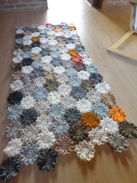 tapetes de croche corredor de florzinhas