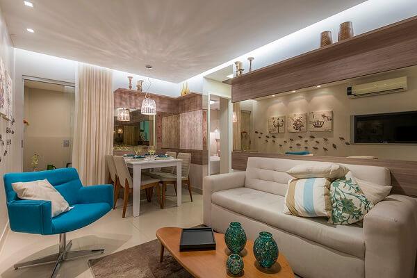 poltronas decorativa encantam o ambiente da sala