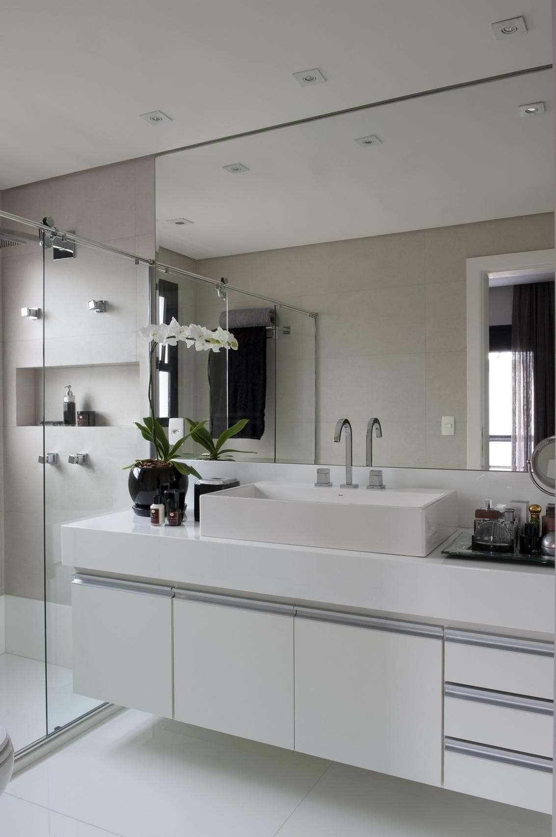 armario de banheiro banheiros planejados com planta jamile lima 9841