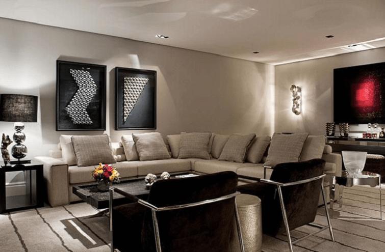 Mescle tonalidades de cinza e preto na sala de estar