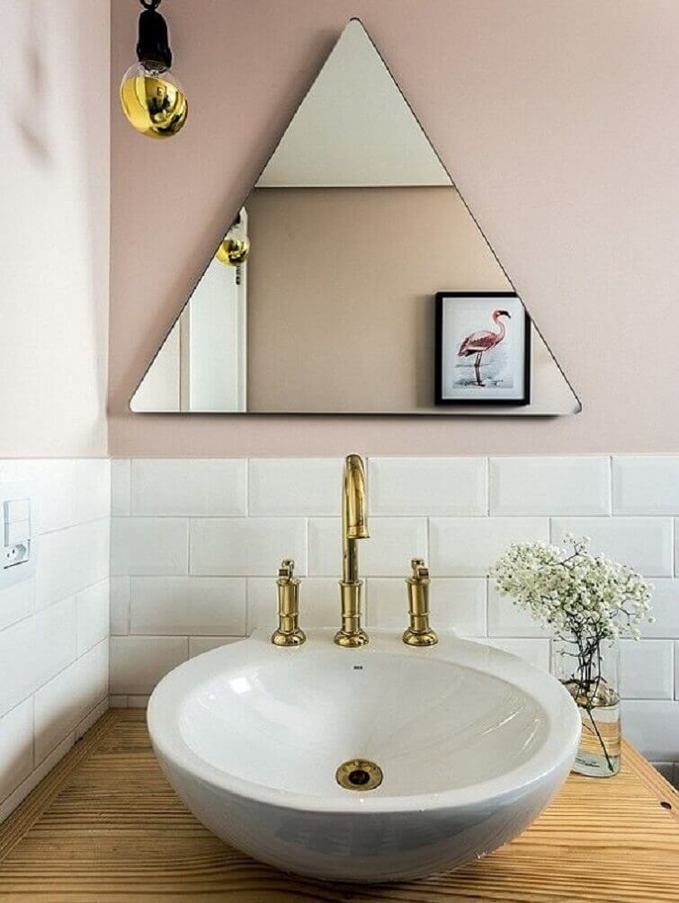 Cuba para banheiro em estilo escandinavo