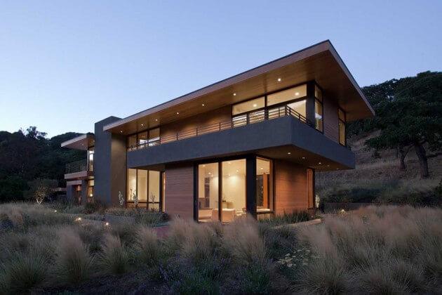 Casa isolada com telhado embutido