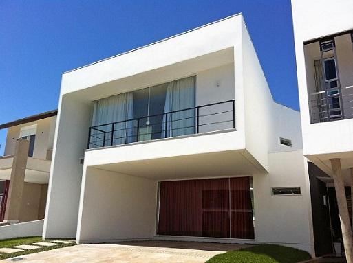 Casa moderna com telhado embutido Projeto de Brasil Rodrigues