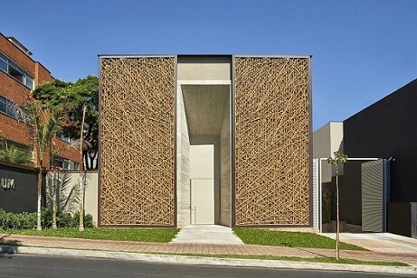 Espaço comercial com telhado embutido Projeto de Eduarda Correa