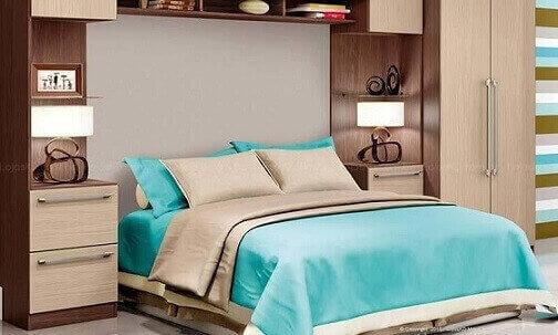 Quarto-de-casal-planejado-com-criados-mudos-de-ambos-os-lados-da-cama-Projeto-de-Lojas-KD