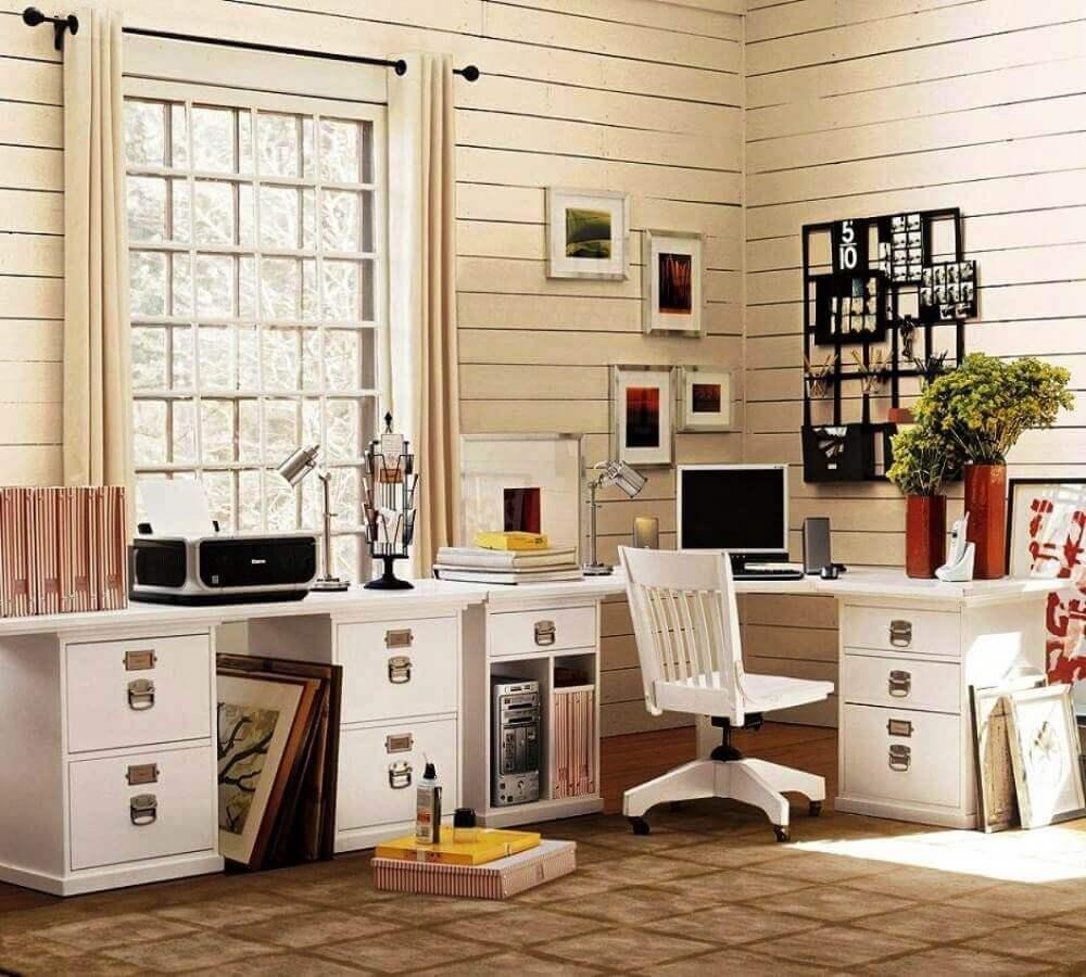 decoração home office com mesa de canto para computador com gaveta