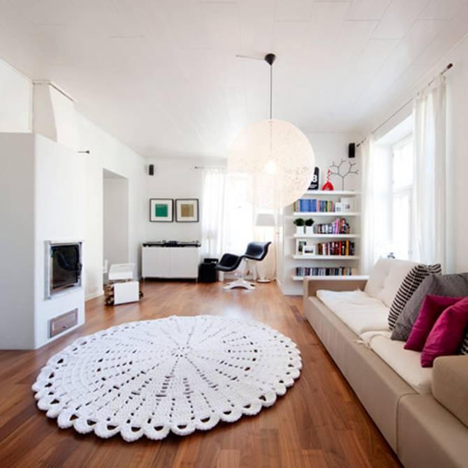 Tapetes de barbante na sala de estar grande