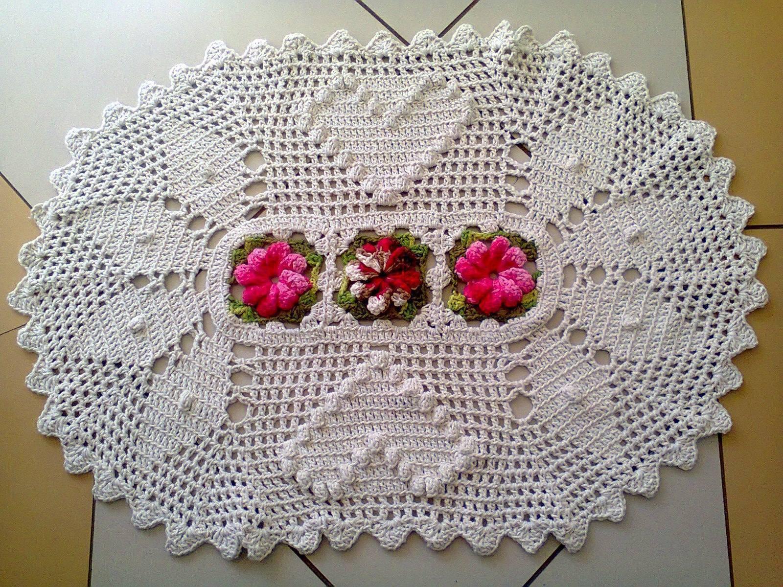 tapetes de crochê com flores lindas e simples