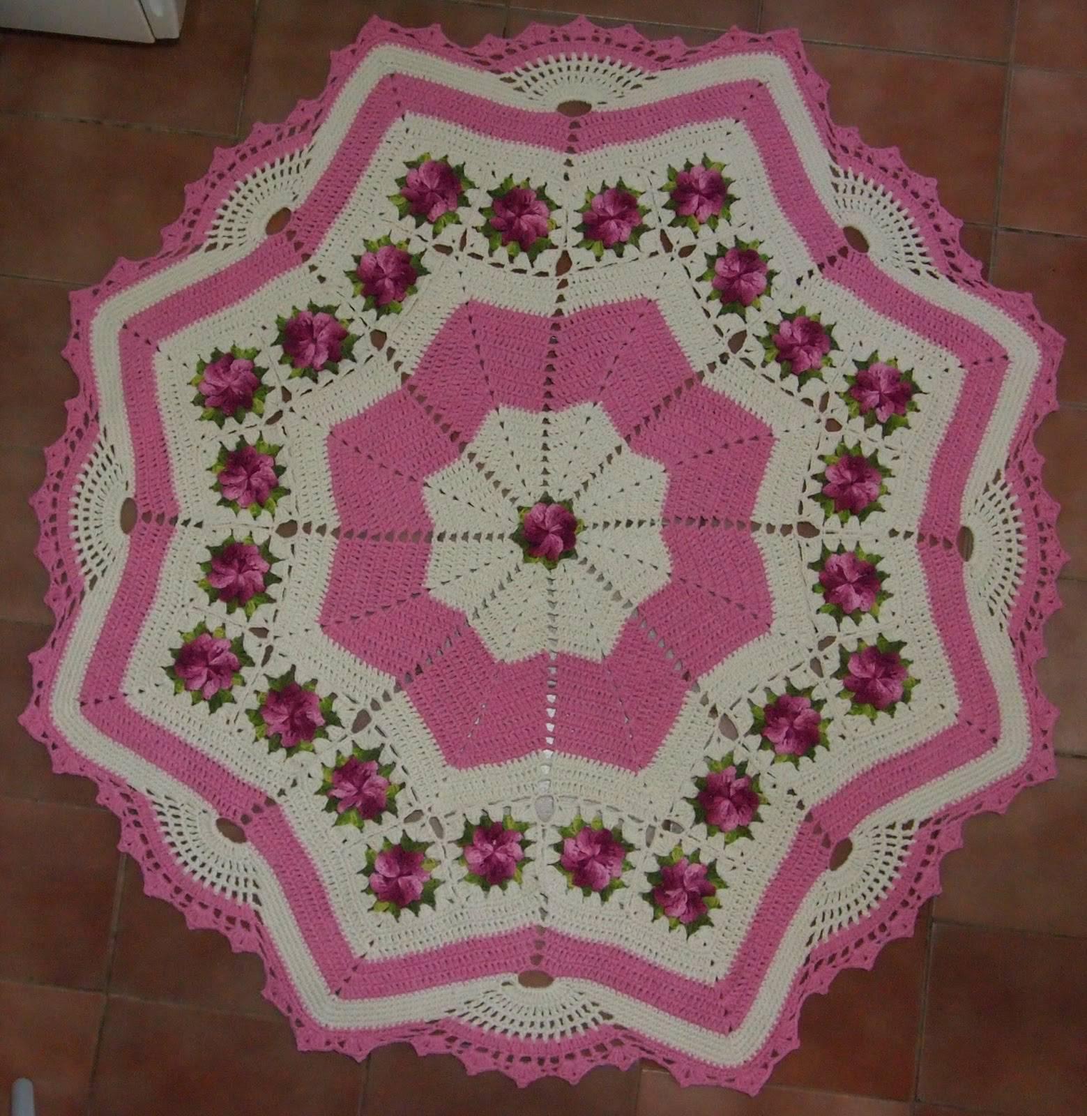 tapetes de barbante de estrela com flores