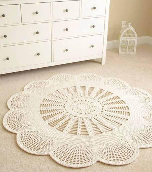 tapetes de barbante em formato de flores