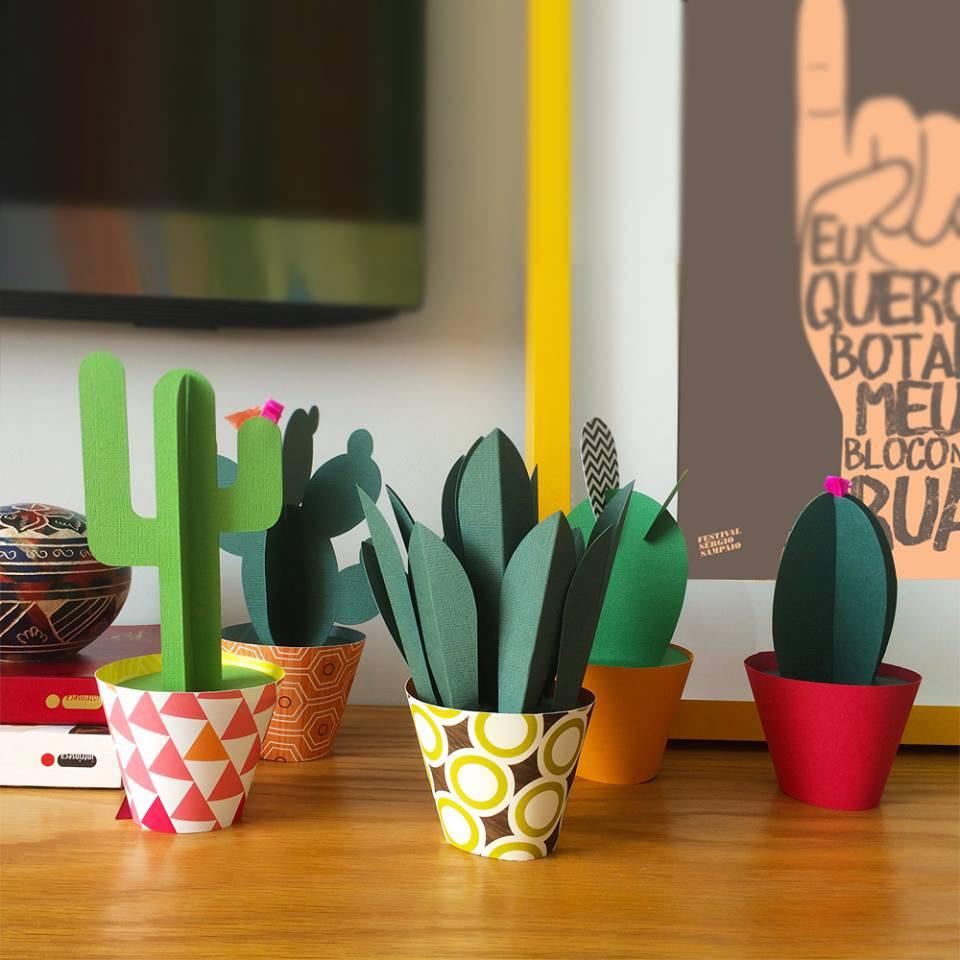 Enfeites para cozinha diy de quadro de talheres for Cactus decoracion
