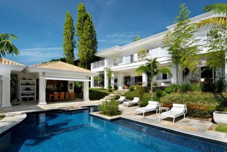100 modelos de casas para inspirar o seu projeto for Modelos de piscinas en casa