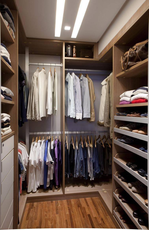 52 modelos de closets para voc organizar suas roupas for Modelos de walk in closet