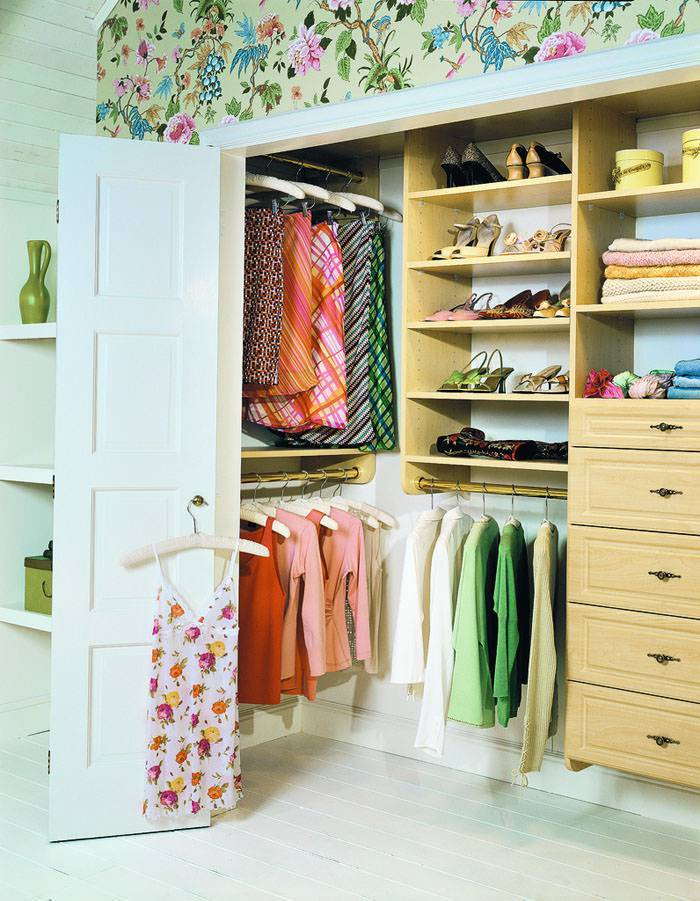 armario e closet pequeno