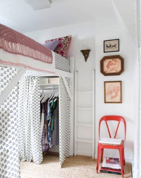 closet pequeno com cama
