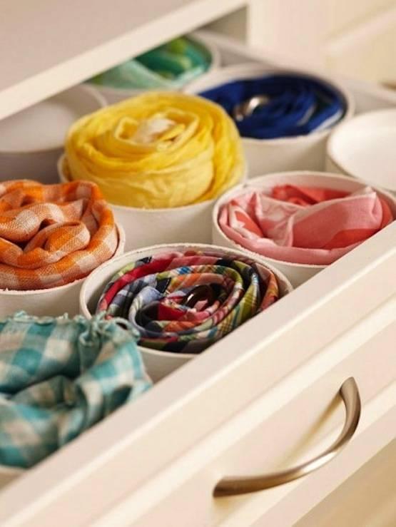 closet pequeno reaproveitamento de embalagem como organizadores de gaveta