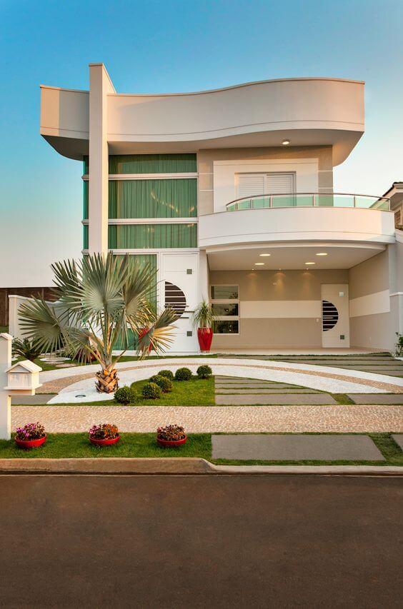 Fachadas modernas com jardim charmoso