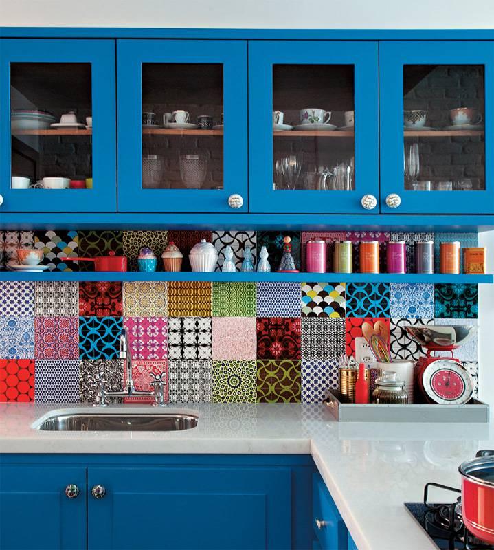 foto 8 Cozinha Colorida armario azul com azulejos