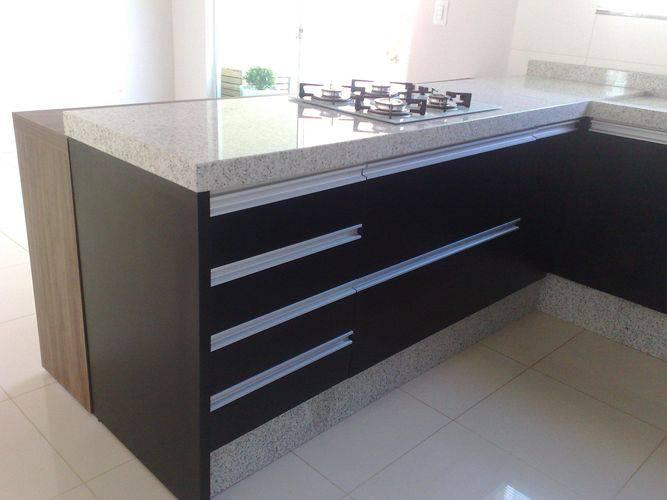 42883- Granito na cozinha planejada -elizangela-oliveira-viva-decora