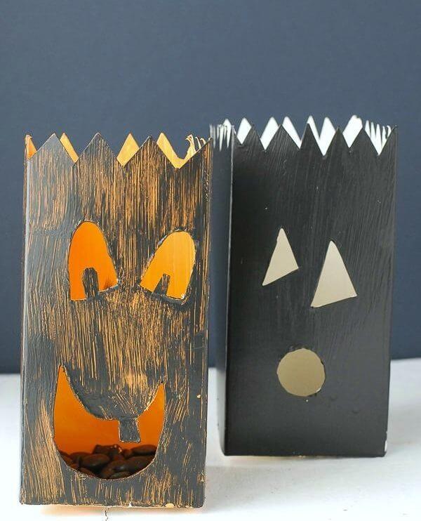 Forme lindos enfeites de Halloween de artesanato com caixa de leite