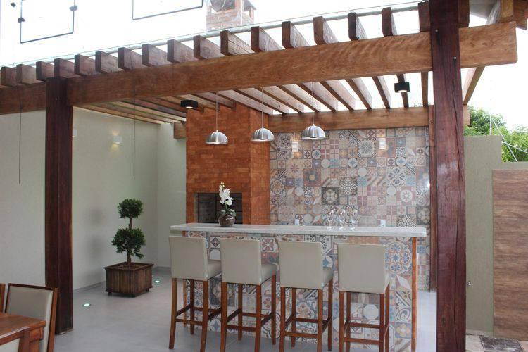 69095- pergolado de madeira -bianca-monteiro-viva-decora