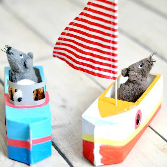 Artesanato com Caixa de Leite barco de brinquedo