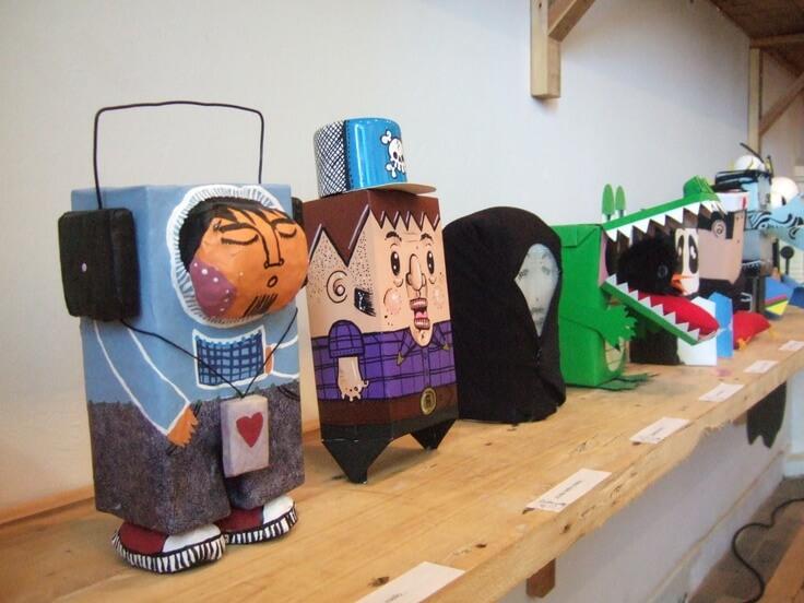 Artesanato com Caixa de Leite bonecos