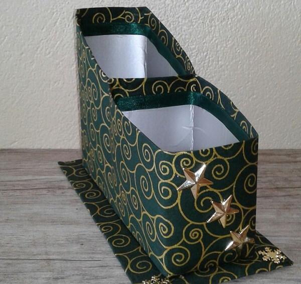 Porta-treco feito de artesanato com caixa de leite