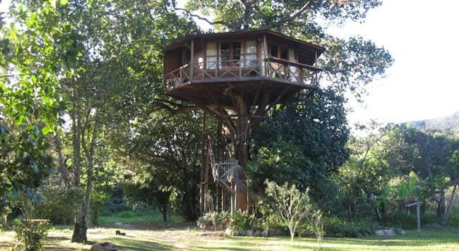 Casas de madeira Lendas do Capão (Chapada da Diamantina BA)