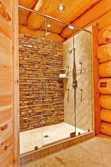 casas de madeira - banheiro pequeno de casa de madeira