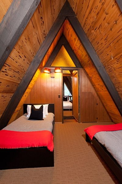 casas de madeira - parte interna de uma casa de madeira