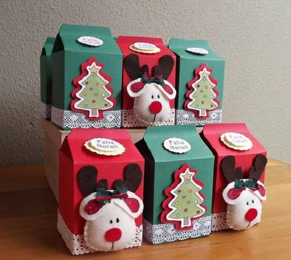 Enfeites de natal feitos com caixa de leite
