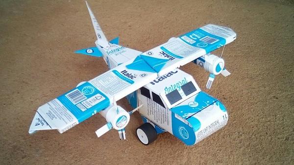 Construa um avião incrível com caixa de leite
