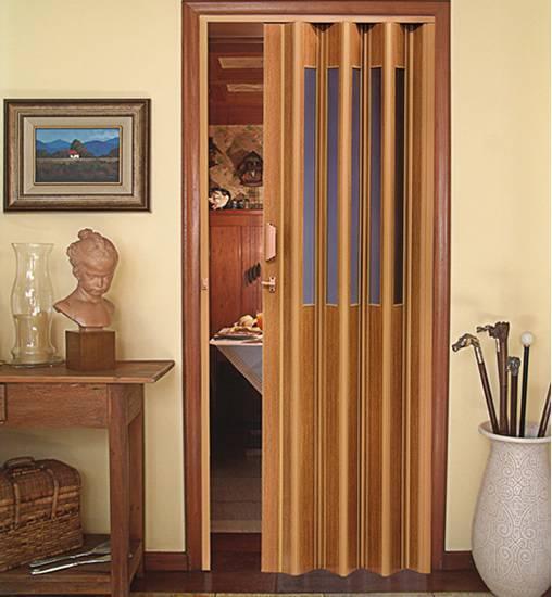 porta sanfonada na cozinha e sala