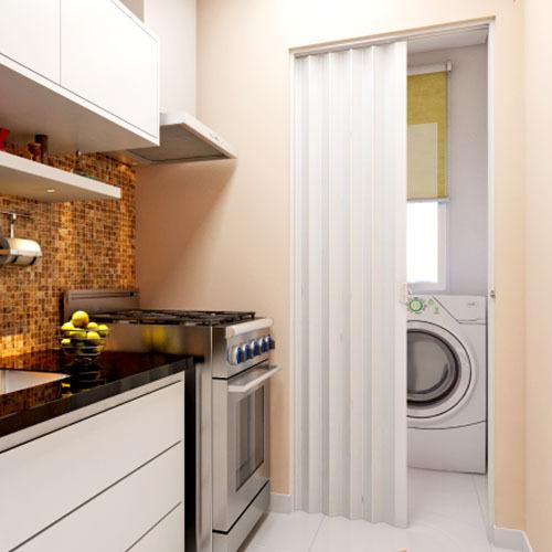 porta sanfonada na cozinha e lavanderia