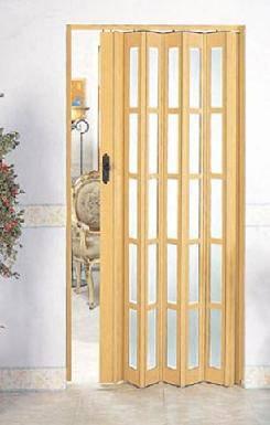 porta-sanfonada-na-varanda