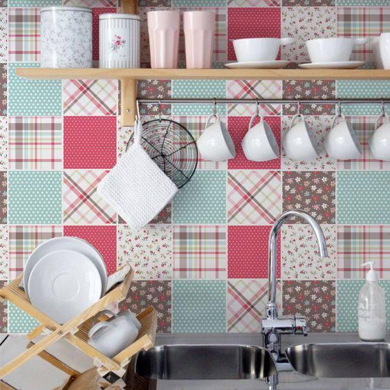 Adesivo para Azulejo na cozinha rosa